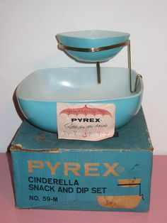 Pyrex Aqua Snack and Dip Set