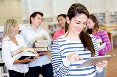 Textbooks vs. E Readers: Technology Reshaping Learning
