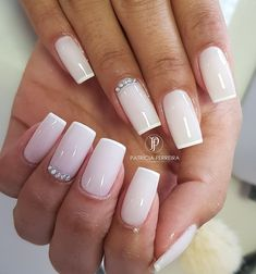 55 Modelos de unhas coloridas decoradas Bride Nails, Wedding Nails, Nail Manicure, Nail Polish, Acyrlic Nails, Bella Nails, Luxury Nails, Finger, Elegant Nails