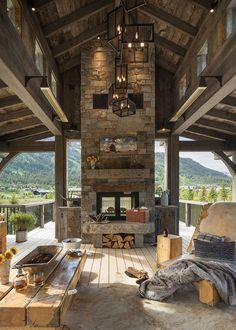59 Amazing Rustic House Design Trends for 2020 - Dream House Rooms Rustic Home Design, Dream Home Design, Wood House Design, House Porch Design, Modern Wood House, Modern Patio, Loft Design, Patio Design, Mountain Living