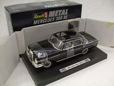 Currently at our Catawiki auctions: Revell - Scale 1/18 - Mercedes-Benz 300 SE Heckflosse Type W111, 1959