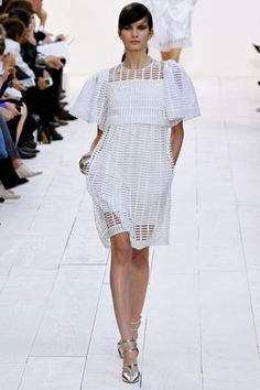 LWD: claves para un vestido blanco | Chloé - ADA BIRDCAGE MACRAMÉ COTTON DRESS