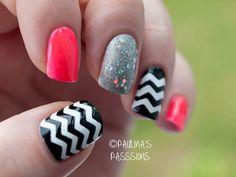 Chevron and glitter nails. Summer nails