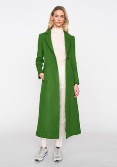 The new Autumn Winter 2016 Ready-to-Wear Collection. Shop beautiful coats, jackets, waistcoats, dress and skirts for any occasion. Maxi Coat, Fall Winter, Autumn, Duster Coat, Ready To Wear, Green, Skirts, How To Wear, Jackets