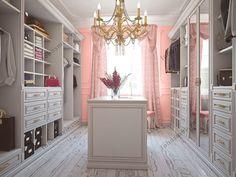На фото: Классическая итальянская гардеробная комната с параллельной планировкой