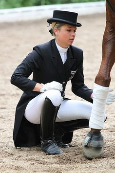The most important role of equestrian clothing is for security Although horses can be trained they can be unforeseeable when provoked. Riders are susceptible while riding and handling horses, espec… Equestrian Girls, Equestrian Outfits, Equestrian Style, Equestrian Boots, Equestrian Fashion, Riding Breeches, Riding Pants, Sporty Girls, Jodhpur