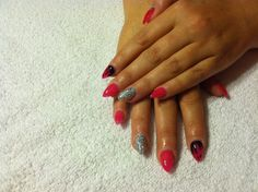 Stiletto nails Oval Nail Art, Oval Nails, Stiletto Nails, Beauty, Jewelry, Jewlery, Jewerly, Schmuck, Jewels