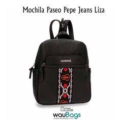 Descubre en waubags.com la Mochila Pepe Jeans Liza, por tan solo 55€!!  Cuenta con dos correas ajustables y unidas por una cremallera que ofrecen la posibilidad de llevarla tipo mochila o tipo bolso.  Disponible en 2 colores diferentes: Camel y Negro.  @waubags.com #pepejeans #mochila #bolso #complementos #mujer #woman #paseo #waubags