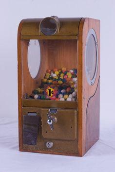 vintage gumball machine   VINTAGE VICTOR 1 CENT GUMBALL MACHINE