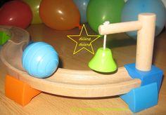 cloche jeu de bille Lidl, Triangle, Office Supplies, Cloche, Games, Wooden Toys, Gaming, Stuff Stuff, Toys