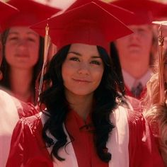 the vampire diaries icons Hipster Blog, Hipster Girls, Vanessa Hudgens, Nina Dobrev Degrassi, Drake Degrassi, High School Musical Cast, Troy And Gabriella, The American Mall, Bff