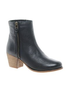Pieces Begitta Leather Boot