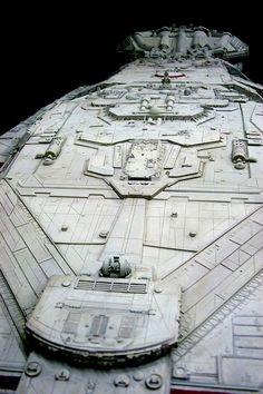 Fantasy Model, Sci Fi Fantasy, Kampfstern Galactica, Sci Fi Genre, Best Sci Fi Shows, Battlestar Galactica 1978, Starship Concept, Science Fiction Series, Spaceship Art