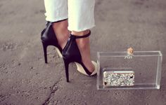 white jeans and classy heels