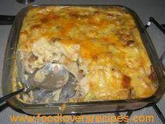 TUNA PASTA GEREG Tuna Dishes, Pasta Dishes, Fish Dishes, Seafood Dishes, Kos, Tuna Fish Recipes, Tuna Meals, Tuna Pasta Bake, Macaroni Recipes