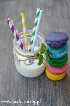macarons Paper Straws, Toothbrush Holder, Macarons, Barware, Smoothie, Party Ideas, Cottage, Colors, Google