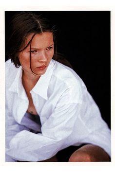 Unseen Kate Moss Never Before Seen Photographs Kate Moss (Vogue.co.uk)
