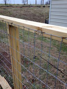 Cedar Cattle Panel Fencing With Double Gates Garden