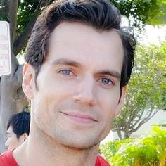 Happy everyone, have a marvelous day 😘☺! Most Beautiful Man, Gorgeous Men, Henry Cavill Eyes, Blue Green Eyes, How To Look Handsome, Handsome Actors, Clark Kent, Cute Celebrities, Hollywood Actor
