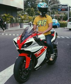 Yamaha Sport, Yamaha R1, Ducati, Sportbikes, Racing Motorcycles, Biker Girl, Bike Life, Motorbikes, Motorcycle Jacket
