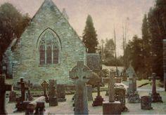 Little Bones #cemetery #photo #Church #BlackandWhite #Edinburgh