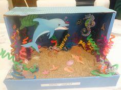 Dolphin diorama More Dolphin Habitat, Ocean Habitat, Ocean Projects, Animal Projects, Animal Activities, Sea Activities, School Projects, Projects For Kids, Dolphin Craft