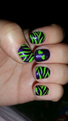 Purple nails green zebra