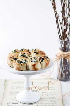 ... spinach-sheep's milk cheese rolls ...