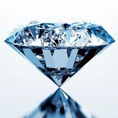 Que révèle votre pierre de naissance ? Chakra Sacral, Diamond Photography, Jewel Tattoo, Diamond Wallpaper, Cleaning Wood, Gem Diamonds, Diamond Gemstone, Crystal Diamond, Blue Aesthetic