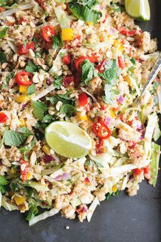 Vegan Thai Quinoa Salad with Peanut Lemongrass Dressing - a healthy quinoa salad loaded with veggies, herbs and a lemongrass peanut dressing. Vegetarian Recipes, Cooking Recipes, Healthy Recipes, Clean Eating, Healthy Eating, Finding Vegan, Vegan Kitchen, Quinoa Salad, Going Vegan