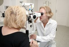 When Do You Consult an Optometrist and When an Ophthalmologist