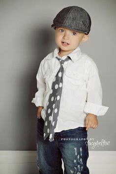 Who says you can't dress up little boys!?  This look is adorable!! I am thinking pictures & or birthday outfit!! LOVE IT.. I may even do family pictures this fall with Josh in a tie like this.