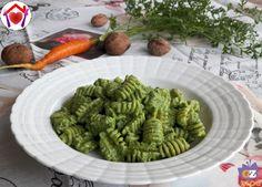 Pesto fatto con il ciuffo delle carote
