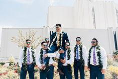I've been dying to share this gorgeous Samoan wedding! Dailyn and Storm are both stand out athletes in their chosen sports at BYU. Samoan Wedding, Polynesian Wedding, Wedding Pics, Wedding Dresses, Wedding Stuff, Wedding Ideas, Destination Wedding, Wedding Planning, Wedding First Look