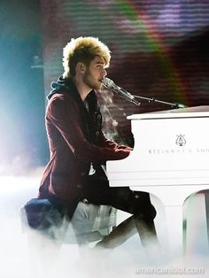 """Colton Dixon performs """"Love The Way You Lie"""" by Skylar Grey at the Top 7 performance show."""