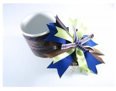 Love this idea! Homemade recycled gift and gift box- so pretty.
