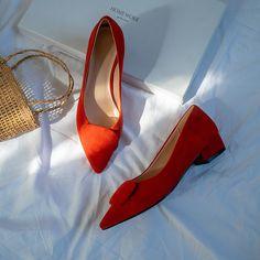 Chiko Berger Round Toe Block Heels Pumps Pointed Toe Block Heel, Block Heel Loafers, Block Heels, Shoes Heels Pumps, High Heels, T Strap Flats, Toe Shape, Patent Leather, Accessories