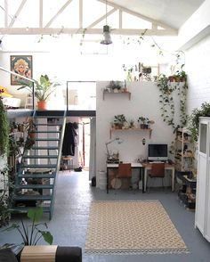 36 Fantastic Art Studio Apartment Design Ideas is part of Living Room Inspiration Plants - It has always been the practice that artists should have their own art studios, and most artists think that it […] Appartement Design Studio, Studio Apartment Design, Studio Apartments, Studio Spaces, Studio Room, Loft Studio, Loft Spaces, White Studio Apartment, Art Studio Design