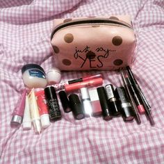 Starting to think I have a real #problem too much #lipstick #lipbalm #lipliner and NOT enough #lipgloss #girlproblems #diariesofalipaddict #colour #smooth #lipstain and still I think I need more  #blogger #bblogger #justsayyes #lipaddiction can anyone help??? Hahahahahaha (link for my #blog in my #bio )