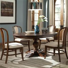 round dining table i riverside furniture
