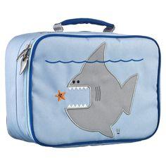 Dit lunchkoffertje met Nigel de haai zal ervoor zorgen dat de boterhammetjes, koekjes, waterflesjes en stukjes fruit van uw zoon (of stoere dochter) lekker fris blijven tot het lunchtijd is.
