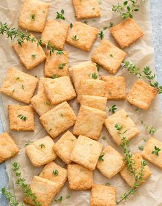 2 Ingredient Keto Cheese Crackers Recipes These cheese crackers are crunchy and cheesy. They are so easy to make and I bet most people won't even be able to gue. Jam Recipes, Keto Recipes, Recipies, Passover Recipes, Health Recipes, Diet Snacks, Healthy Snacks, Cheese Cracker Recipe, Low Carb Crackers
