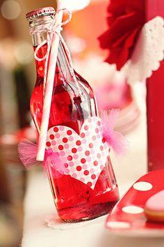 Noivinhas queridas que acompanham o blog, como vocês estão?  No próximo dia 14 de fevereiro acontece o Valentine´s Day , o Dia dos Namorados...