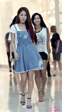 Soyou and Hyolyn
