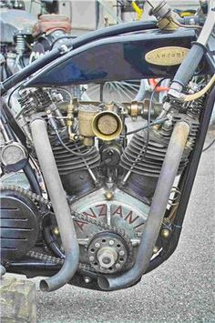 ANZANI - An Italian engine manufacturer living in France - Alessandro Anzani, sold engines to various motorcycle companies Antique Motorcycles, American Motorcycles, Custom Motorcycles, Custom Harleys, Motos Vintage, Vintage Bikes, Classic Motors, Classic Bikes, Motorcycle Companies