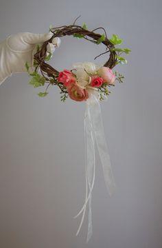 We love little girls headpieces at Yeopim flowers. #weddingheadpiece #albemarleWedding #NCWedding