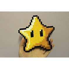 Mario star hama beads by giulia. Pearler Bead Patterns, Perler Patterns, Pearler Beads, Pac Man, Hama Beads Mario, Mario Crafts, Mario Crochet, Video Game Crafts, Yoshi