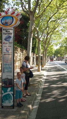 Barcelona met kinderen: is de hop on hop off bus een go or no go? We delen onze ervaring op KidsErOpUit.
