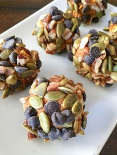 Low Carb Protein Bars, Healthy Protein Snacks, Protein Bites, Energy Bites, Keto Snacks, Healthy Eating, Clean Eating, Sugar Free Protein Bars, Healthy Bars