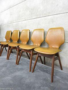 Vintage dining chairs, vintage design eetkamerstoelen Deense stijl |